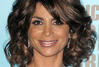 Paula-abdul-makeup-is-she-playing-it-safe-side